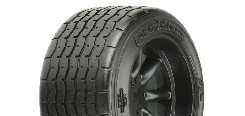 VTA Reifen hinten (31mm) auf Felge schwarz verklebt