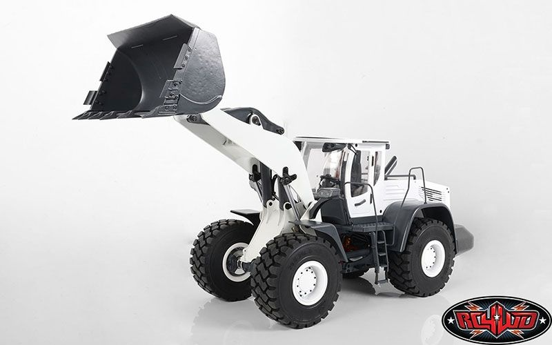 1/14 Scale Earth Mover 870K Hydraulic Wheel Loader White
